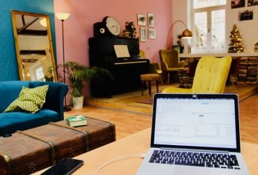 Coffice | Coworking Space Prague & Cafe per hour